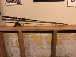 R2F (Ready 2 Fish) Spinning Rod & Spinning Reel for Sale in Chicago, IL
