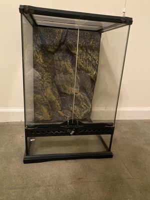 Exo terra terrarium for Sale in St. Charles, IL