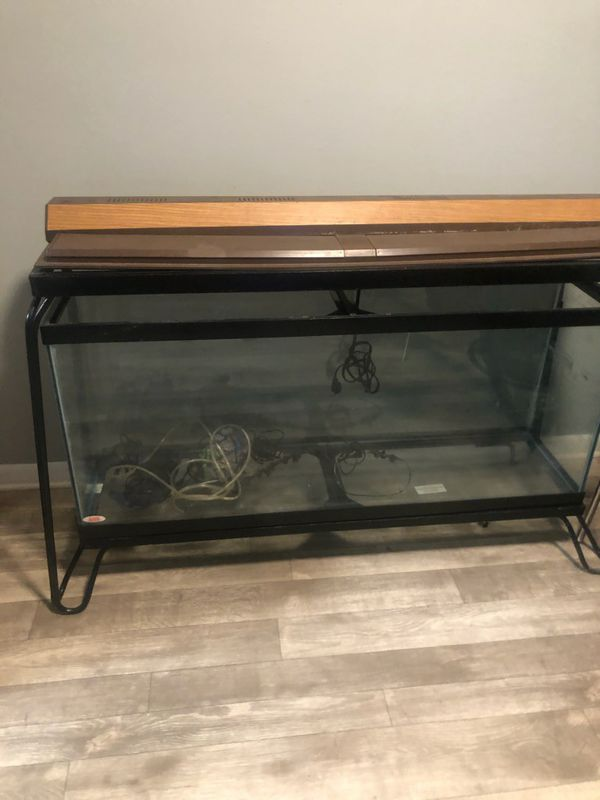 55 gallon aquarium w/ metal stand