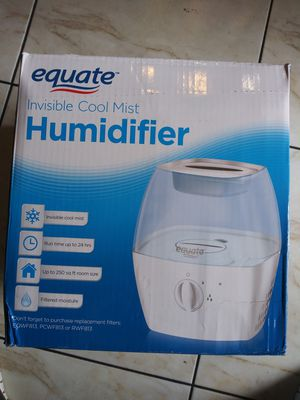 Humidifier invisible cool mist. for Sale in San Diego, CA