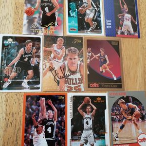 Steve Kerr Autograph and variety of basketball cards for Sale in Gresham, OR
