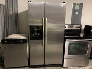 Whirlpool Appliance 4 piece set for Sale in Deltona, FL