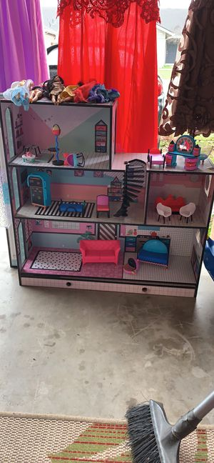 LOL SURPRISE doll house for Sale in Sanger, CA