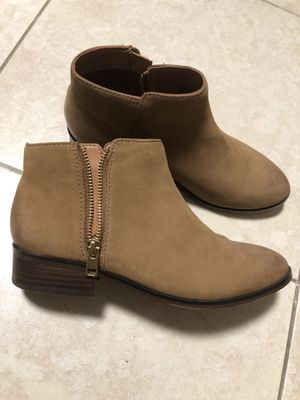 ALDO Ankle boots Size: 7 - 7.5 for Sale in Tampa, FL