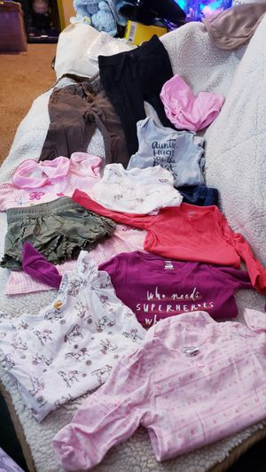 Muchas ropa de bebe a solo $50 centavos for Sale in Houston, TX