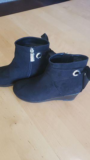 Michael Kors girls boots 2 for Sale in Mesa, AZ
