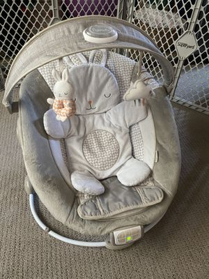 Ingenuity Infant bouncer for Sale in Montclair, CA