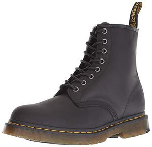 Dr Martens Men's 1640 snow boot black for Sale in Industry, CA