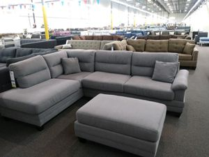 Sectional sofa couch w/ ottoman for Sale in Long Beach, CA