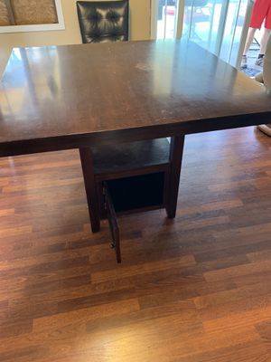 Breakfast table 4x4 table top 3'high for Sale in Bonney Lake, WA