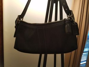 Auth COACH small satchel leather for Sale in NO POTOMAC, MD