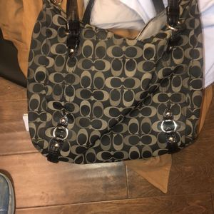 Coach Purse and much more cleaning out the closet for Sale in Tacoma, WA