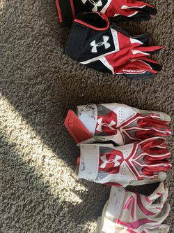Softball Batting Gloves for Sale in Portland,  OR