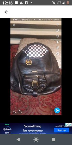 Michael kors purse for Sale in Clanton, AL
