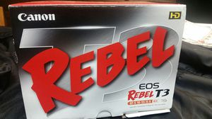 Canon rebel t3 for Sale in Lodi, CA