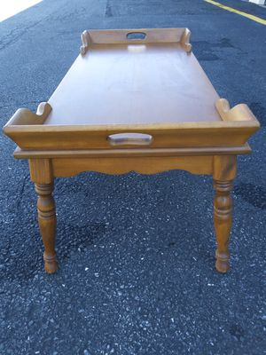 Antique coffee Wood table... for Sale in Fort Washington, MD