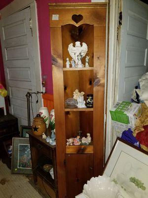 Corner shelf w/cabinet for Sale in Woodruff, SC
