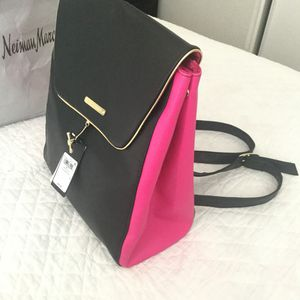 BEAUTIFUL JUICY COUTURE BLACK & PINK BACKPACK!!! for Sale in North Las Vegas, NV