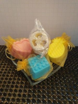 Homemade Scented Soap Set for Sale in Columbus, OH
