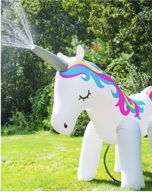 Gigantic unicorn sprinkler 6ft for Sale in Atlanta, GA
