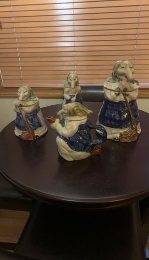 Set of 4 vintage ceramic kitchen witches for Sale in Everett, WA