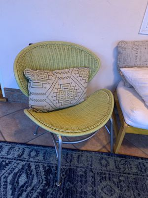 Vintage mid-century wicker patio chair for Sale in Lemon Grove, CA
