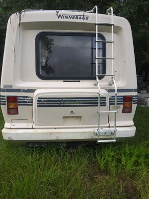 Winnebago for Sale in Lakeland, FL