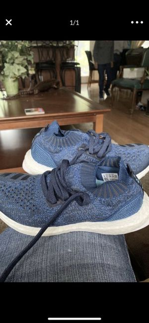 Adidas ultra boost UNCAGED women's size 4 (RARE SIZE) no box excellent condition make offer. Meet at 1401 N. West 46th street. I'm here now until 6am for Sale in Seattle, WA