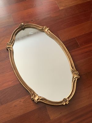 Oval Gilded Mirror for Sale in Springfield, VA