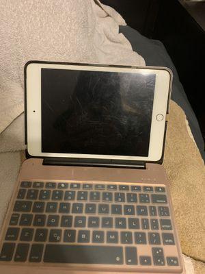 iPad mini 4 for Sale in Alpharetta, GA
