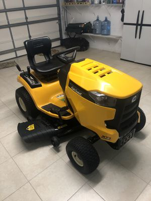 Cub cadet mowing tractor for Sale in Venice, FL