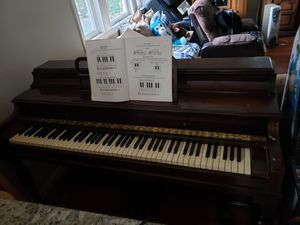 Piano antiguo $250 for Sale in Renton, WA