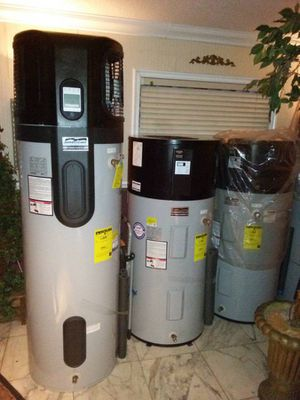 AMERICAN HYBRID WATER HEATER WITH DIGITAL DISPLAY ALSO FEATURES AN HEAT PUMP for Sale in Miami Gardens, FL