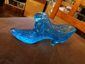 Fenton glass collection slipper/shoe with cat's head for Sale in Stow, OH