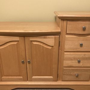 Nursery Furniture Set Changing Table, Dresser And Crib for Sale in Litchfield, NH