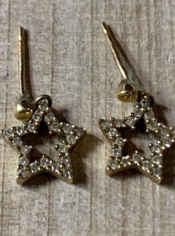 14kt Gold Diamond Star earrings for Sale in Dallas,  TX