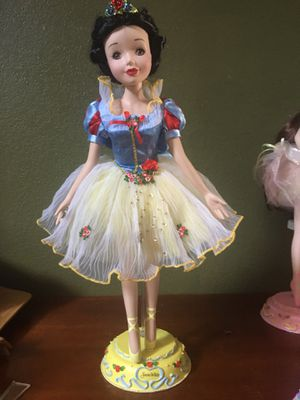 Snow White Disney collector porcelain doll for Sale in Fremont, CA