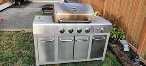 Free Natural/propane grill for Sale in Bothell, WA