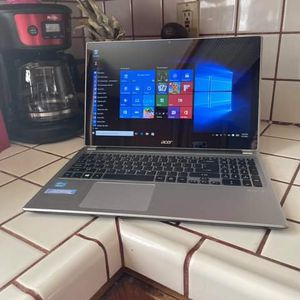 Acer Laptop Touchscreen I5 with Windows 10 and Microsoft Good Condition for Sale in Modesto, CA