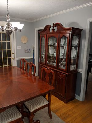 Dining room table, with 2 leafs, 8 chairs, China cabinet and dinnerware for Sale in Quinton, VA