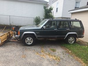 1992 Jeep Cherokee Laredo for Sale in Woonsocket, RI