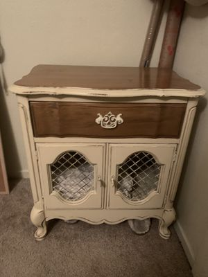 Vintage Night Stand for Sale in Murrieta, CA