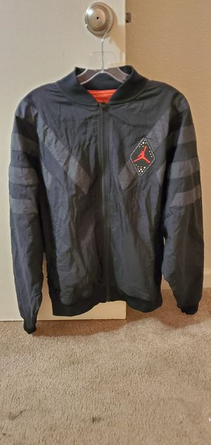 Jordan retro 6 nylon jacket for Sale in Ceres, CA