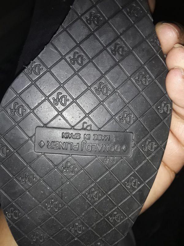 Black wedge heel shoes