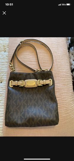 Michael Kors Crossbody for Sale in Eighty Four,  PA