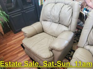 Leather Recliner. 2 Available. Stunning Shape. Estate Sale Sat 11am - $199 for Sale in Fresno, CA