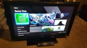 Sony 32 inch 1080p LCD TV w/remote control (KDL-32L5000) for Sale in Las Vegas, NV