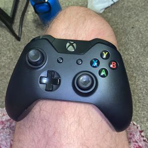 Xbox One Controller for Sale in East Wenatchee, WA