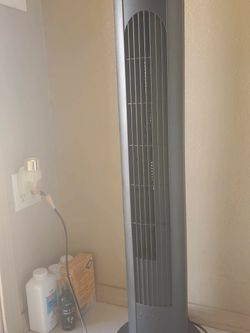 Tower fan for Sale in Upland,  CA