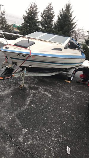 1988 Bayliner with cubby cabin for Sale in Baltimore, MD